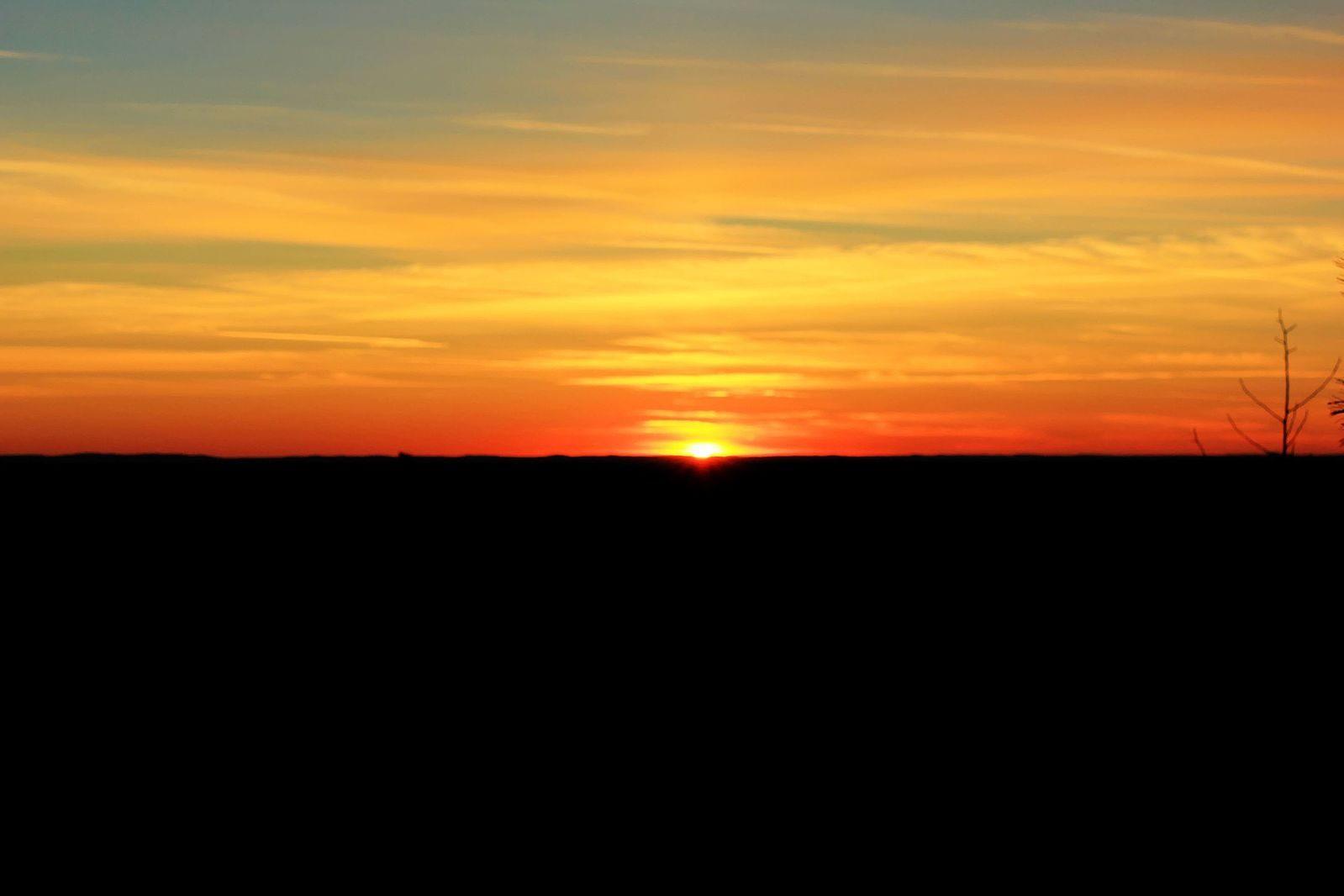Sunrise over Blue Skys RV Park